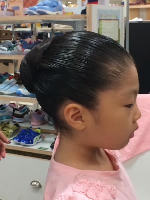 88☆バレエの発表会と子供のシニョンの作り方