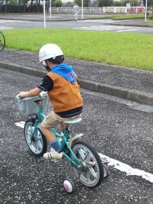 ... 補助 輪 付き の 自転車 で 練習
