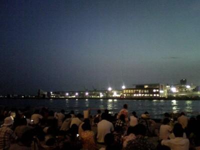 みなとこうべ海上花火大会へ@第4突堤