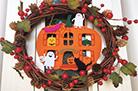 ハロウィーンの季節に合わせて手作りした玄関飾り