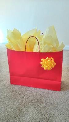アメリカ流プレゼントのラッピング方法/バースデーパーティへ行く準備