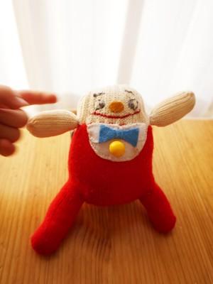 【動画】【DIY】イースターに!手袋でハンプティダンプティを作ろう