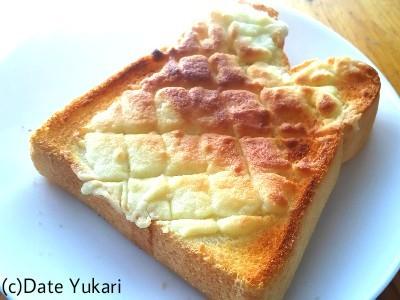 【料理】流行りにのって食パンをメロンパンにしてみた