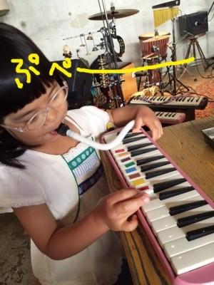 【おでかけ】鍵盤ハーモニカのライブでコドモ達大盛り上がり!