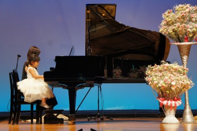 ★習い事★ 娘4歳。初めてのピアノの発表会