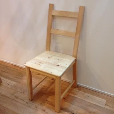 えっ!?イケアの無垢椅子を石けんで洗う?ソープフィニッシュで上品仕上げ