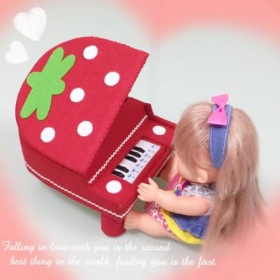 本当に音がでる♪「メルちゃんのピアノ」を手作り