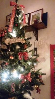 クリスマスツリー出しました☆&サンタさんへのお願い方法どうしてる??