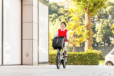 子どもの乗せ降ろしがグッとしやすい電動アシスト自転車PAS Kiss mini un