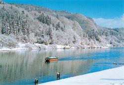 山形県 最上峡芭蕉ライン観光 雪見舟