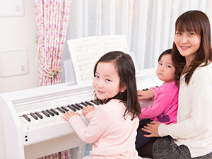 弾けるってうれしい!カシオのデジタルピアノ「プリヴィア」で始めよう |