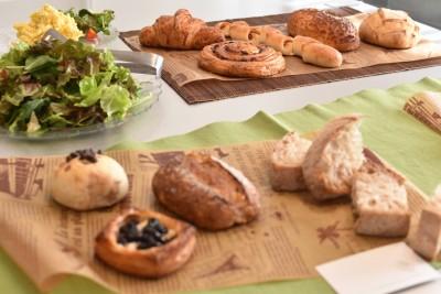 有名パン屋を巡って自宅で世田谷パン祭り。