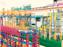 横浜市  鉄道カフェ Train Toys