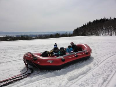 スノーラフティング初体験!スキーだけじゃないゲレンデの過ごし方