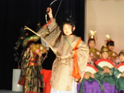 346☆幼稚園行事〜おひな祭り発表会。和装でひな壇を作る!
