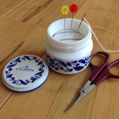 空き瓶リメイク・簡単かわいい・ピンクッションの作り方