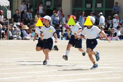 【小学校】運動会の場所取り方法、地区対抗保護者リレーの選出方法