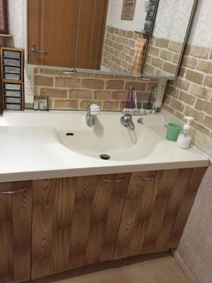 洗面所が100均グッズで大変身☆ プチプラで簡単リメイク術
