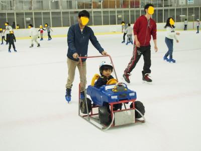 【お出かけ】こどもの日はアイススケートへ!