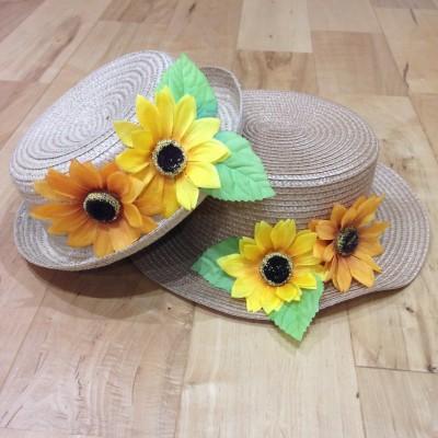 貼るだけ完成【ダイソー】超簡単・母娘おそろい麦わら帽子の作り方
