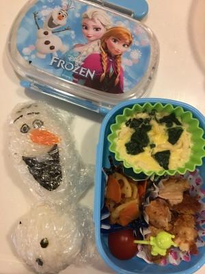 【幼稚園弁当】オラフおにぎり