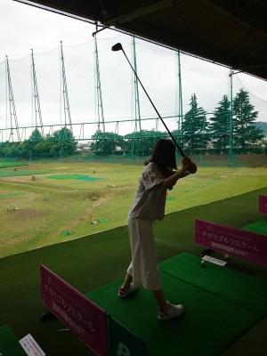 初心者同士でゴルフの打ちっぱなしに行ってみた!