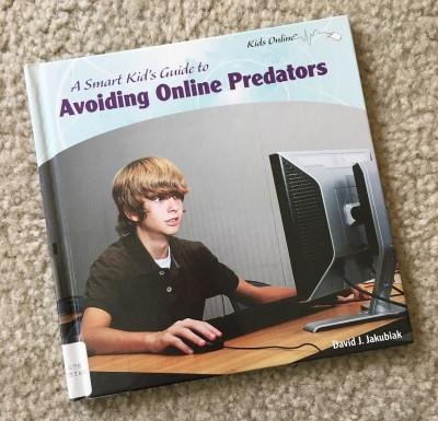 まさかうちの子が!インターネットを悪用した犯罪に巻き込まれないために子供向けの本を借りてきた。