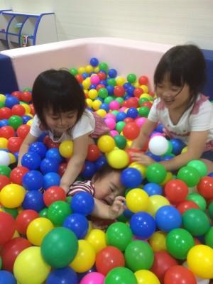 【おでかけ】雨でもいっぱい遊ぼう!室内遊園地ファンタジーキッズリゾート