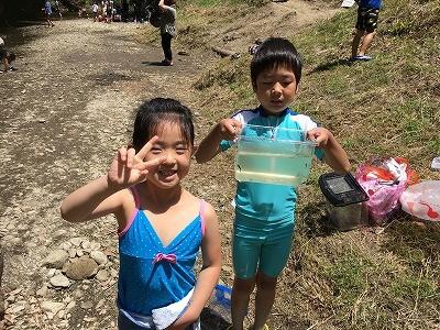 毎週日曜日の子供達と自然の中で遊ぶ楽しさ 親子の触れ合い