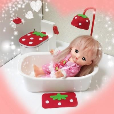 100円ショップのグッズで簡単!メルちゃんの「お風呂」と「トイレ」の作り方
