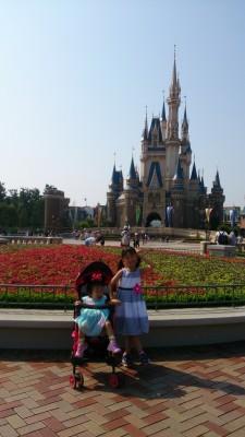 子供二人と真夏のディズニーランド