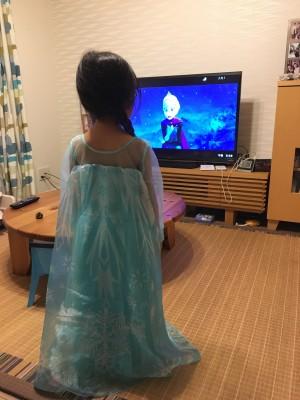 メルカリプチトラブルとやっと見つけた!好みのエルサのドレス!!