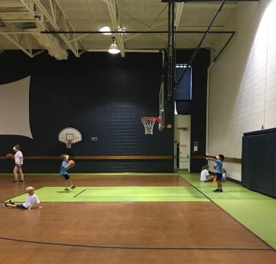 サマーキャンプ 「バスケットボール」、2017年アメリカの夏休み