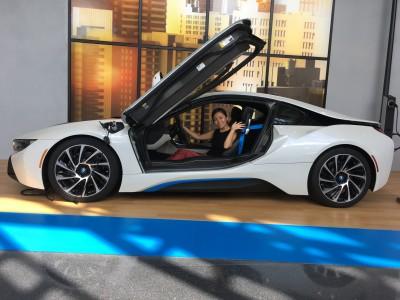 誰もが知ってるあの高級車メーカーの博物館で気分だけでもエレガントに♪/BMW Zentrum