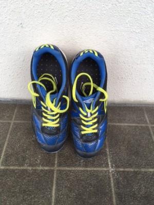 ひも靴は何歳から?サッカーを習う長男のトレーニングシューズ選び。