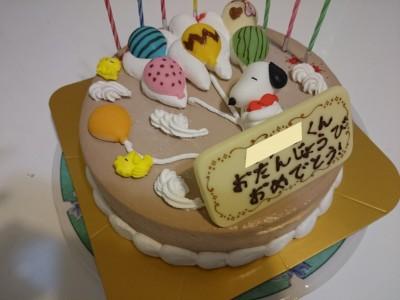 夏場のお誕生日は、保存がきくアイスケーキがおススメ!