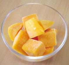 冷凍マンゴ