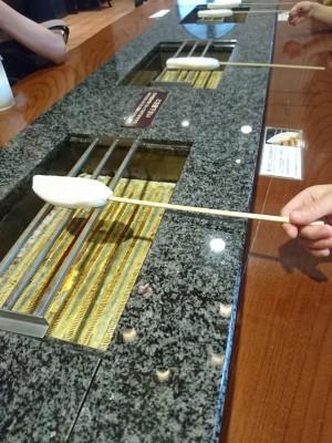 ちょっと食育?子供でも簡単!日本三景・松島で笹かまぼこ手焼き体験♪
