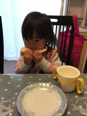 行列のできる食パン専門店 ☆