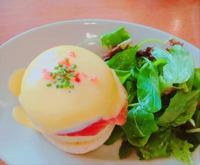 【サラベス】のホットケーキとフレンチトーストが美味!