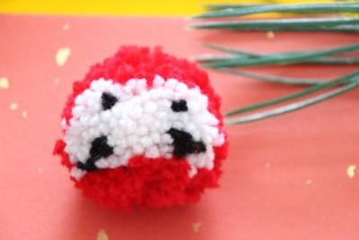 毛糸でポンポンだるまを手作り|お正月や受験お守りにも