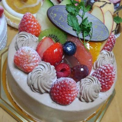 クリスマスと誕生日が近い子どもへのプレゼントやケーキ、我が家の場合。