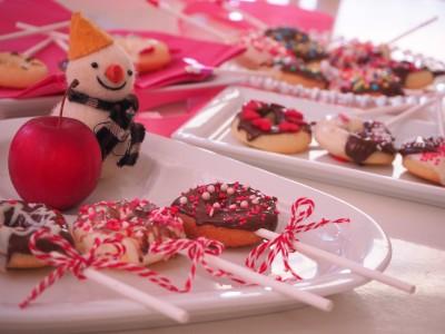 バレンタインに子どもと作る「ドーナツケーキポップ」飽きさせずに作るコツ