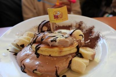 【誕生月特典】パンケーキがタダ!で貰えるデニーズでお祝いランチ。
