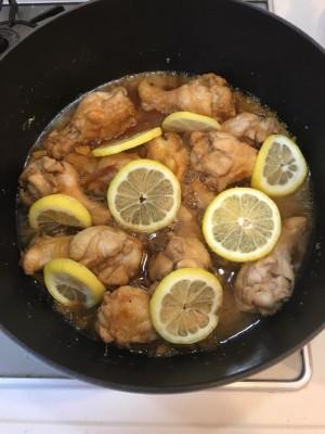 超簡単なのにインスタ映え!!おもてなしにも☆鶏手羽元の蜂蜜レモン煮♪