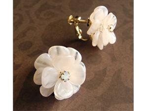 「野薔薇の耳飾り」の手作りアクセサリーキットを3人に!