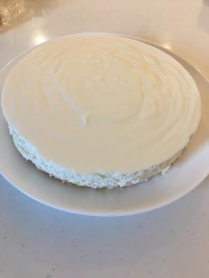 カルピスレアチーズケーキ☆オーブン不要!ワンホールぺろっといけちゃう♪