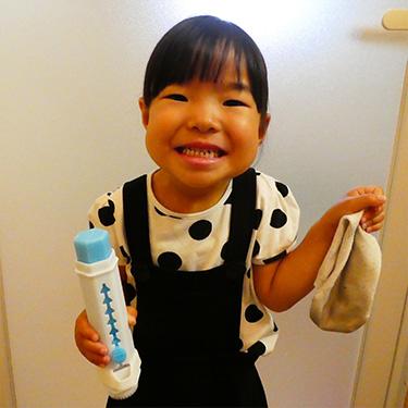 子ども達が率先してお手伝い。ママはとても助かります(笑)スティック状で手も汚れないから安心