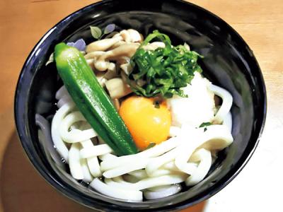 【バラエティ豊かな麺】夏休みランチカレンダー2018<ナメタケ釜玉うどん>