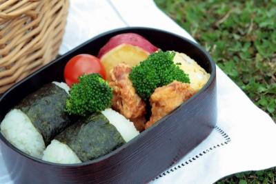 【学童の夏休み事情】お弁当はどうする?レトルトや配達弁当が助かる!
